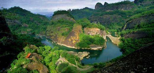Nine Bend River (Jiu Qu Xi) Wuyishan, a bird's eye view
