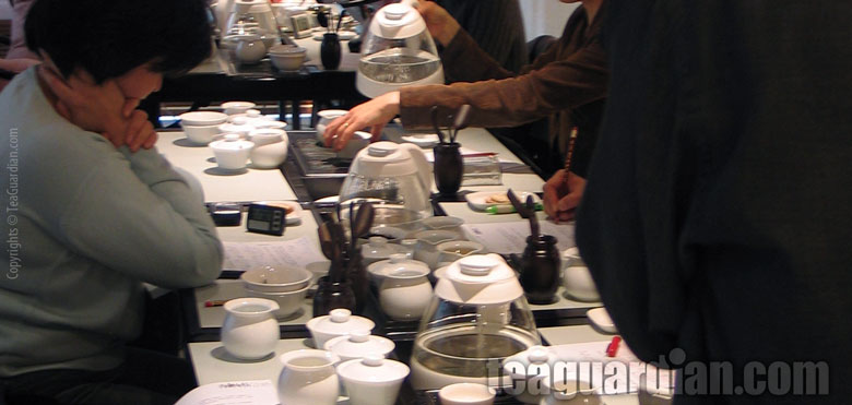 Gongfu tea study in a tea class setting